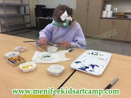youth art classes Mosaic workshop summer art camp in menifee California - Ines Miller art instructor